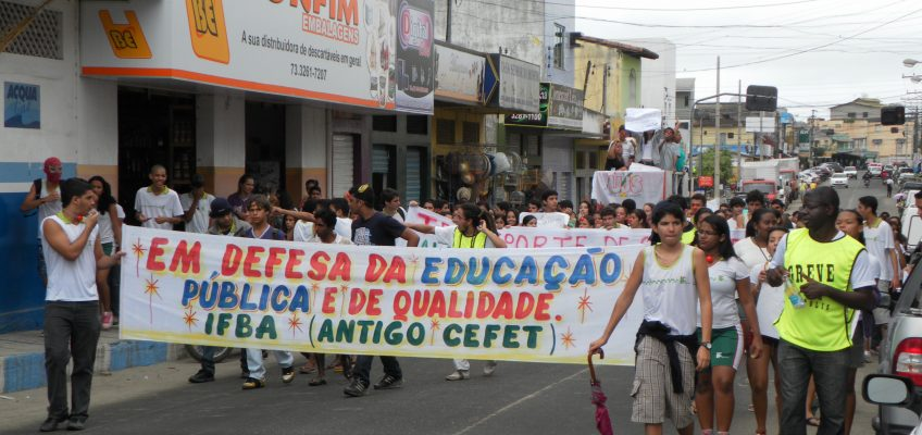 GREVE DO IFBA DESPERTA ESTUDANTES